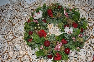 verse bloemen krans ook met lichtjes € 32.50