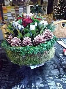 bloementaart met verse rozen